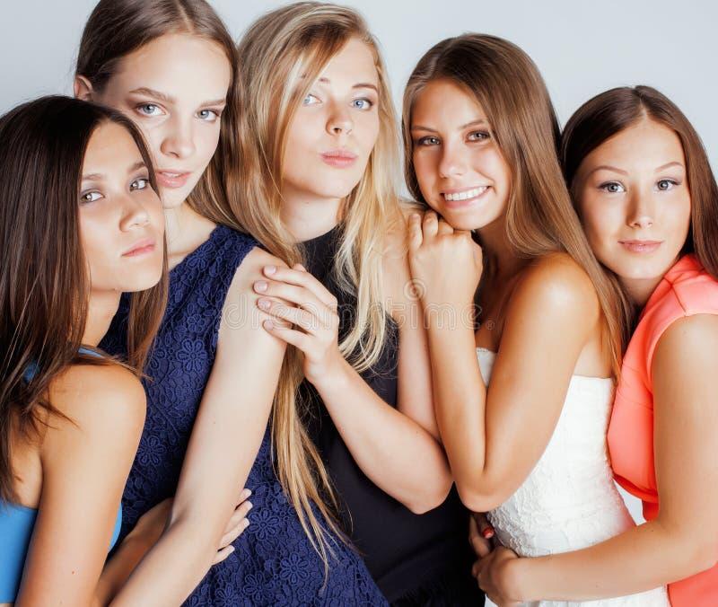 Wiele dziewczyny ściska świętowanie na bielu obraz royalty free