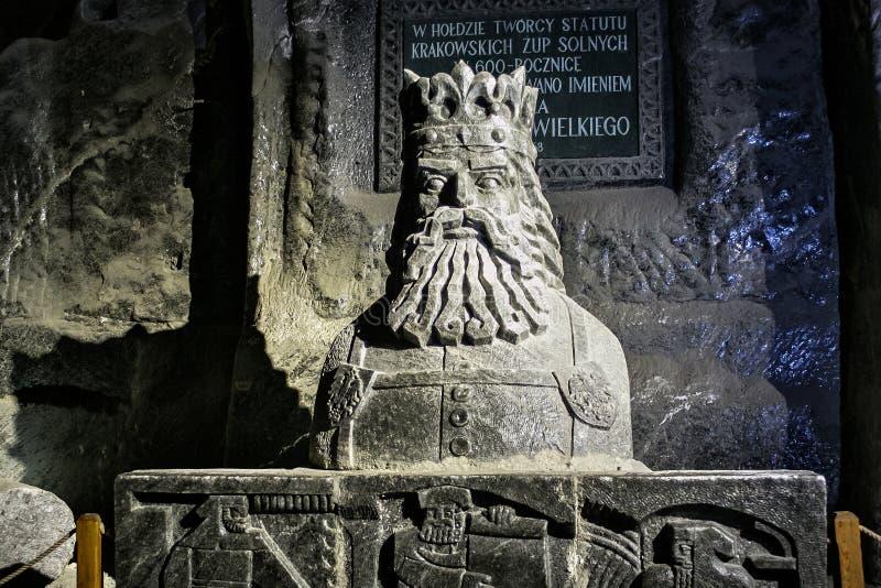 WIELICZKA, ΠΟΛΩΝΙΑ - 28 ΜΑΐΟΥ 2016: Άγαλμα του Casimir ΙΙΙ ο μεγάλος στο αλατισμένο ορυχείο Wieliczka στοκ φωτογραφία με δικαίωμα ελεύθερης χρήσης