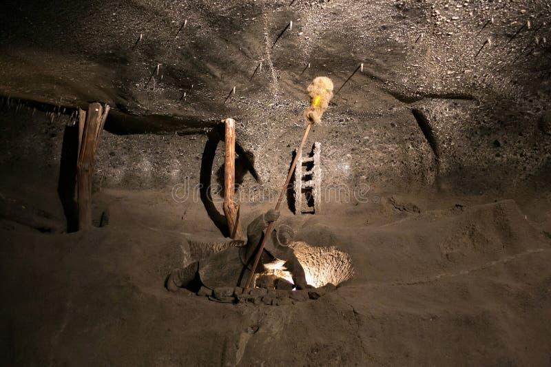 WIELICZKA, ΠΟΛΩΝΙΑ - 28 ΜΑΐΟΥ 2016: Πλαστός ανθρακωρύχος στο αλατισμένο ορυχείο Wieliczka στοκ φωτογραφία με δικαίωμα ελεύθερης χρήσης