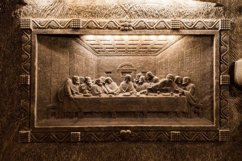 Wieliczka - Polen Het beeldhouwwerk van het zoutmijnmuseum stock afbeeldingen