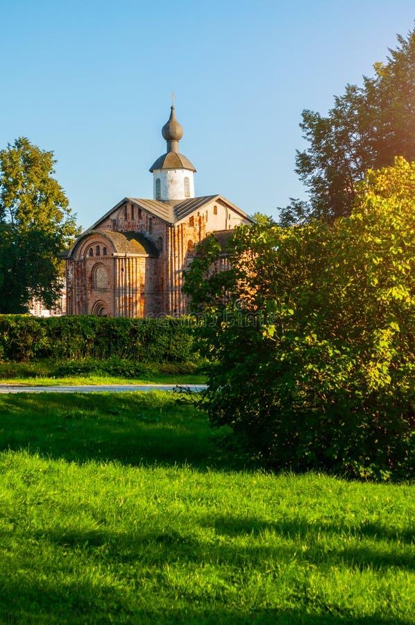 Wielij Nowogród, Rosja Kościół Paraskiewy Pyatnickiej, starożytne kościoły, dziedziniec Jarosława fotografia royalty free