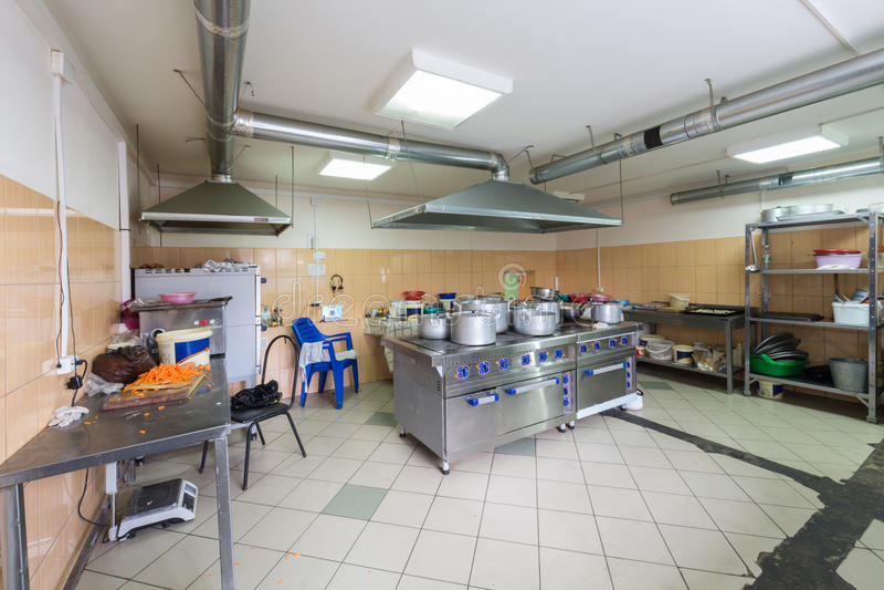 Wielka kuchnia restauracja zdjęcie royalty free