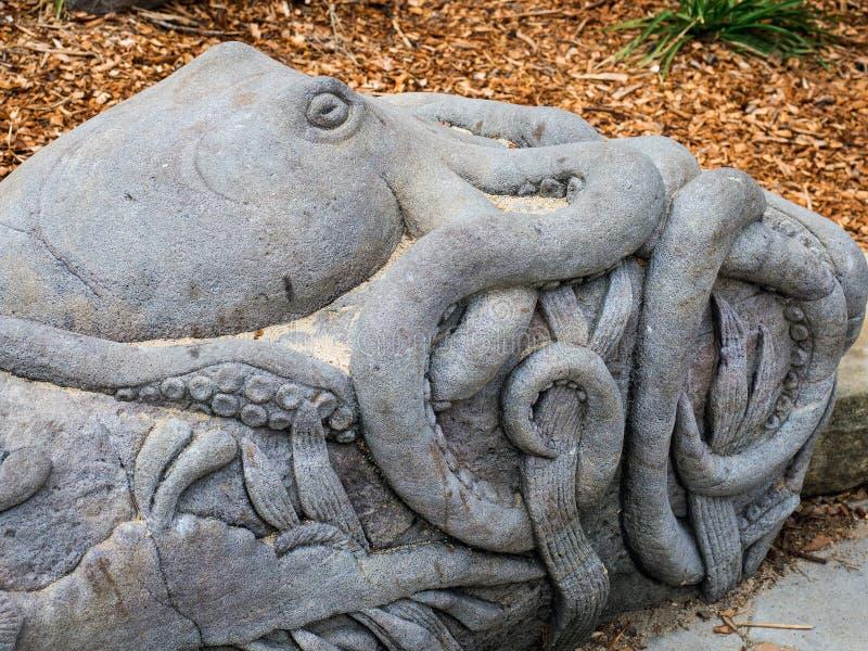 Wielka ośmiornicy rzeźba obrazy royalty free