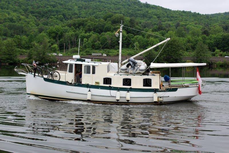 Wielka przyjemności łódź robi mię jest sposobu puszka sekcją Erie kanał, Nowy Jork, 2018 obrazy royalty free