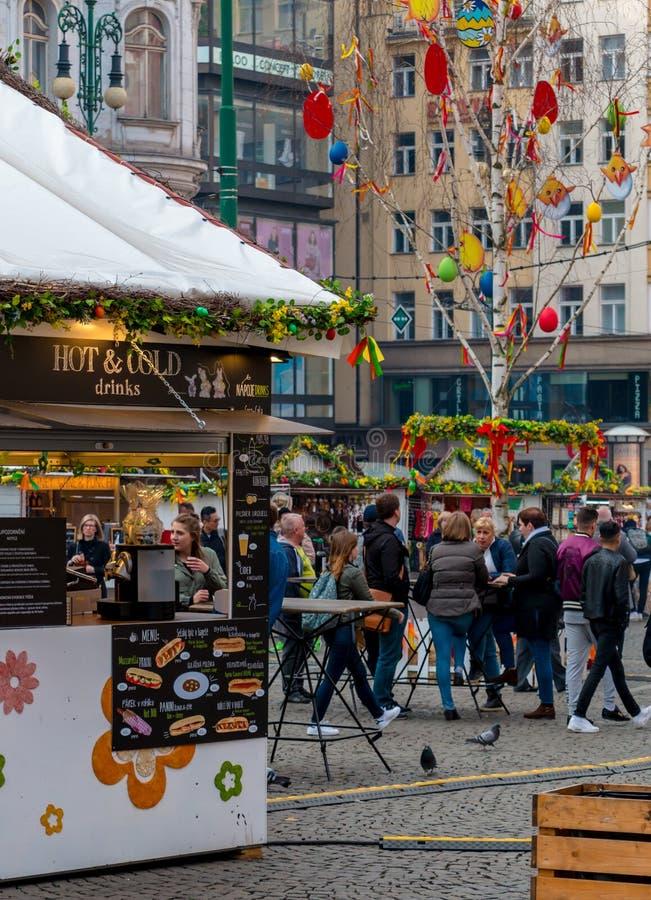 Wielkanoc rynek w Praga obrazy stock