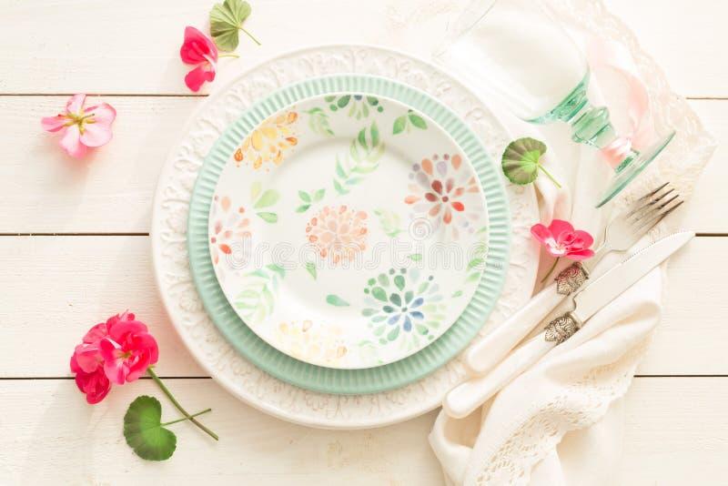 Wielkanoc, wiosna lub lata położenia stołowy projekt od above, zdjęcie royalty free
