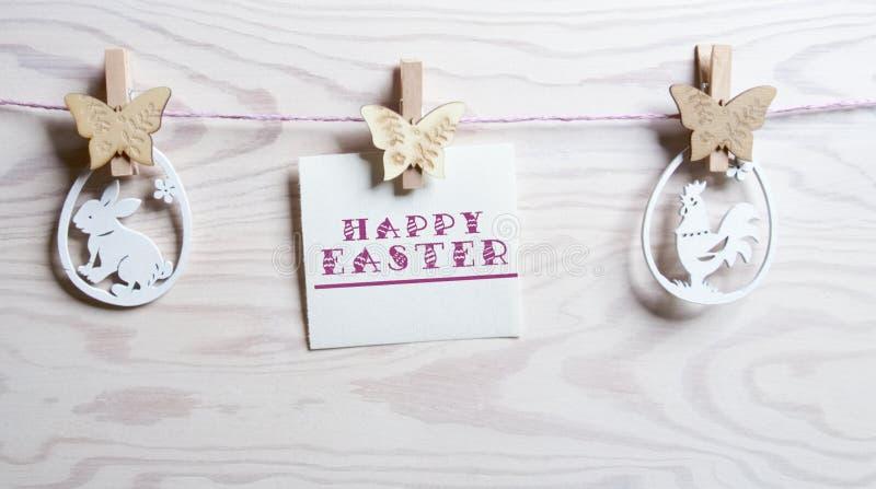 Wielkanocna karta z słowo Szczęśliwą wielkanocą zdjęcia stock
