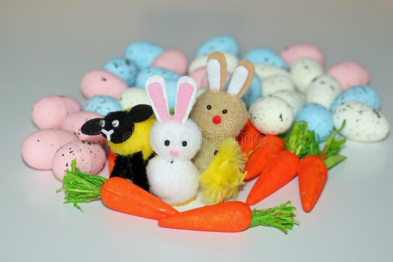 Wielkanocni króliki baranek, kurczątko z & fotografia stock