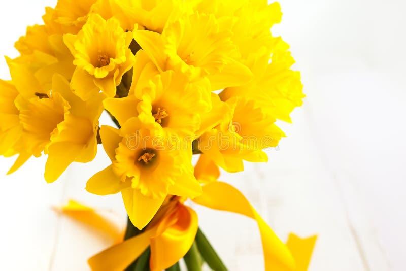 Wielkanocny bukiet żółci daffodils fotografia stock