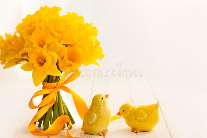 Wielkanocny bukiet żółci daffodils zdjęcia royalty free