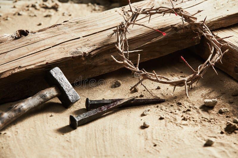 Wielkanocny tło przedstawia krzyżowanie obrazy stock