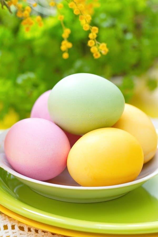 Wielkanocy barwioni jajka zdjęcie stock