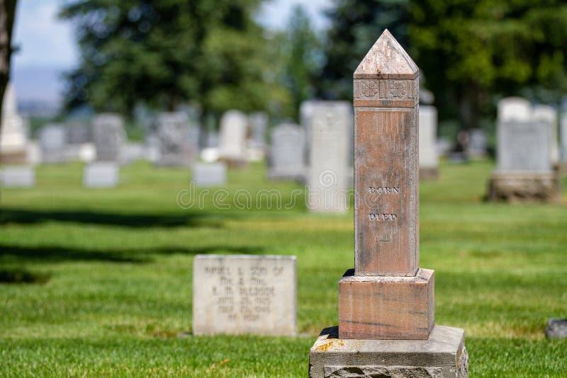 Wielki filar zaznacza grób obrazy royalty free