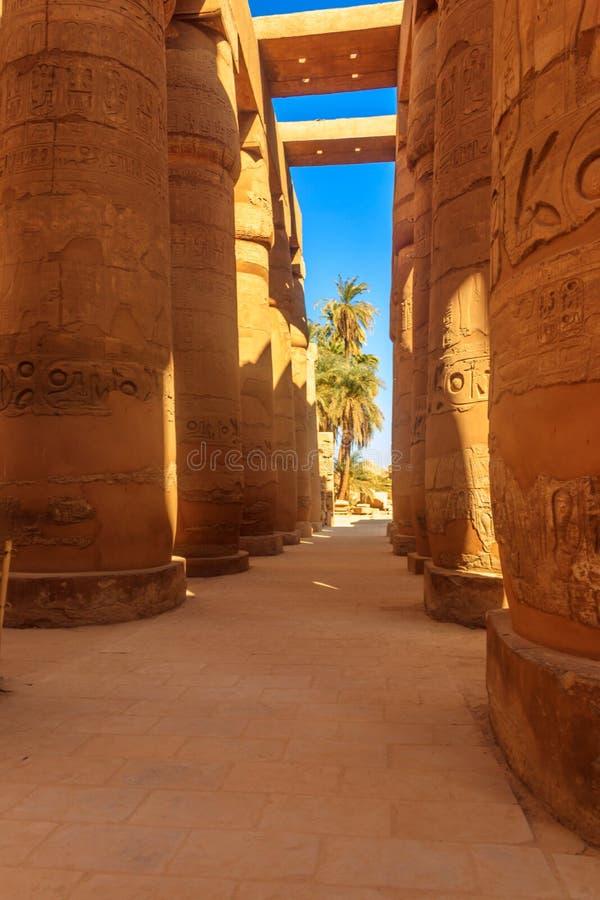 Wielki hipostyl Hall w Karnak świątynnym kompleksie w Luxor, Egipt obraz stock