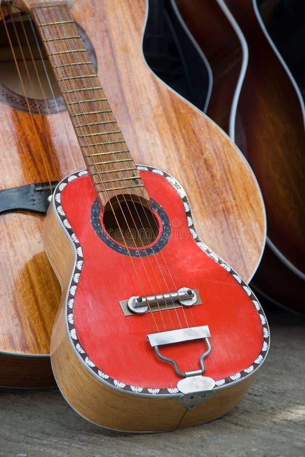 wielki mały gitary ręcznie obraz royalty free