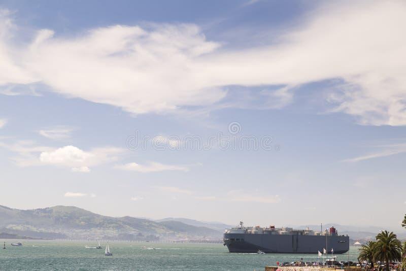 Wielki merchandise statek obraz royalty free