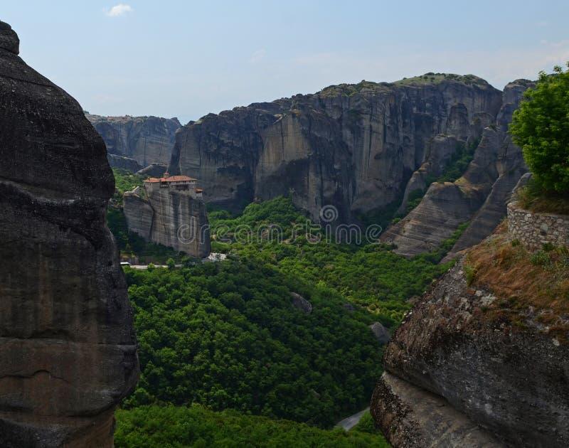 Wielki monaster Varlaam na wysokiej skale w Meteor, Thessaly, Grecja zdjęcie royalty free