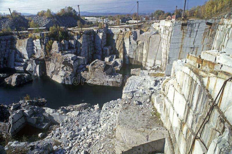 Wielki monumentalny granitowy łup w Barre, VT fotografia royalty free