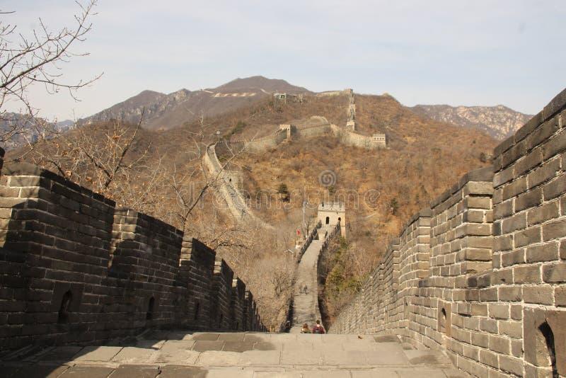 Wielki Mur Chiny na jesień słonecznym dniu zdjęcia stock