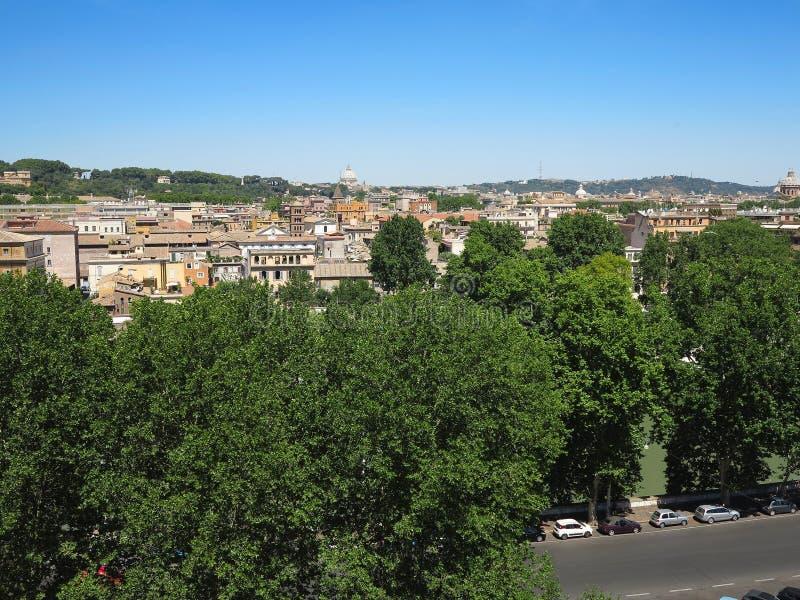 Wielki Rzym sityscape widzieć od Aventine wzgórza zdjęcie royalty free