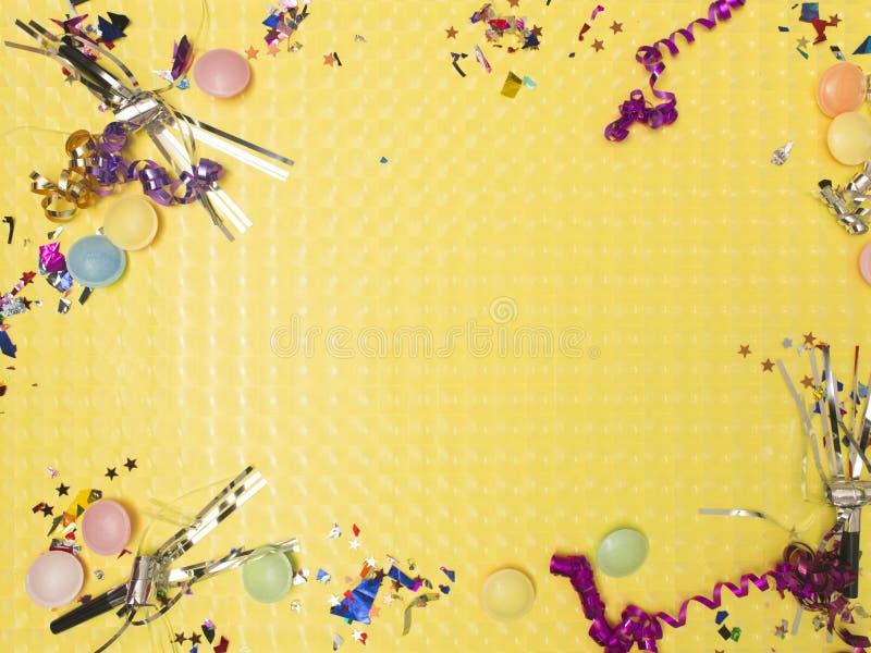 Wielki, skutka żółty karnawałowy tło z różnymi karnawałowymi rzeczami obraz royalty free