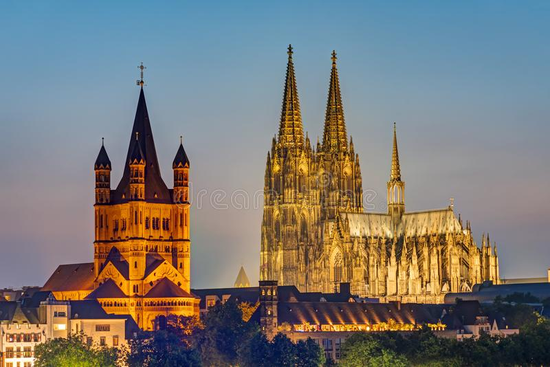 Wielki St Martin kościół w Kolonia i obraz royalty free
