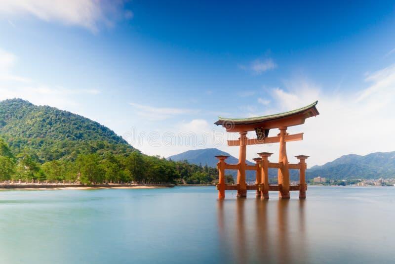 Wielki torii, Miyajima wyspa zdjęcie stock