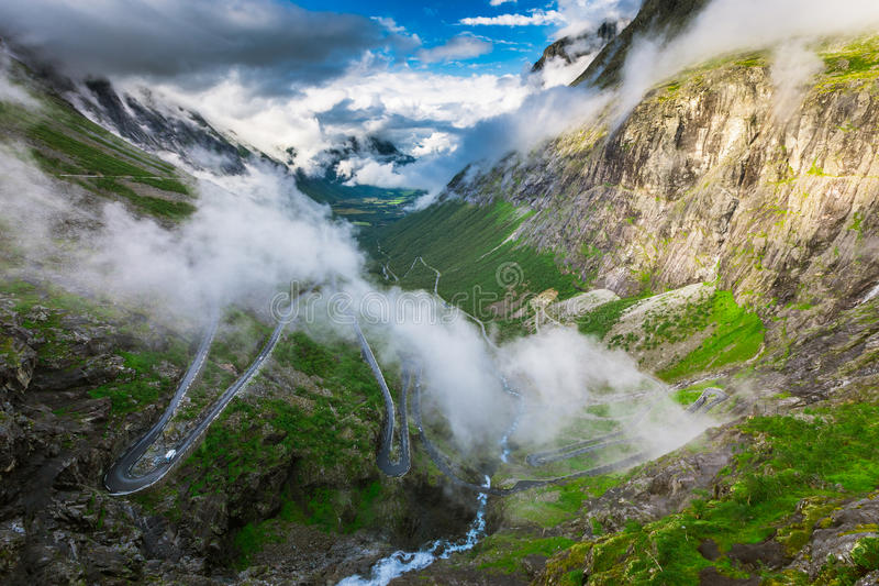 Wielki widok nad Trollstigen obrazy royalty free