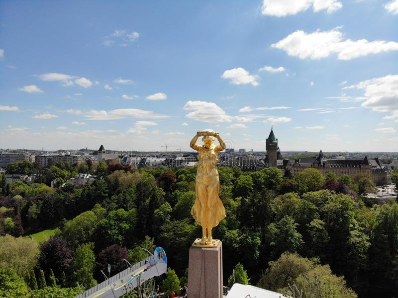 Wielki widok z góry Luxemburg miasto, kapitał mały kraj Luxemburg, Europa Trute? fotografia Tworzący DJI Mavic zdjęcia stock