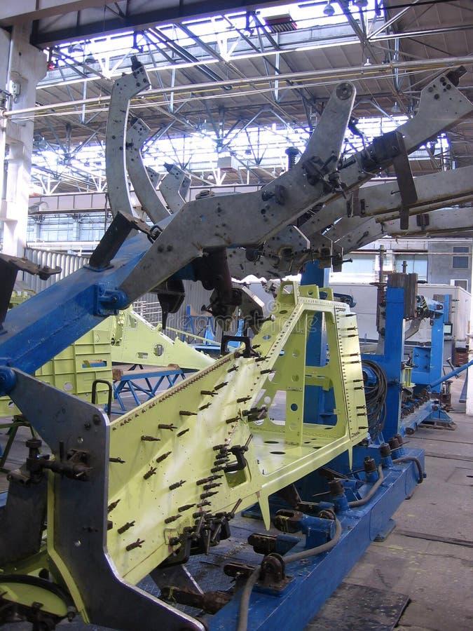 Wielkie metal części pleśnieją w przemysłowej fabrycznej manufakturze fotografia royalty free
