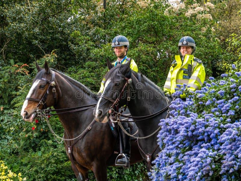 Wielkomiejscy funkcjonariuszi policji w Londyn obraz stock