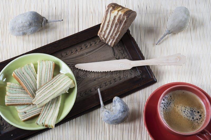 Wielo- płatowaty tort dzwonił «lapisu legit «lub «spekkoek «od Indonezja obraz royalty free
