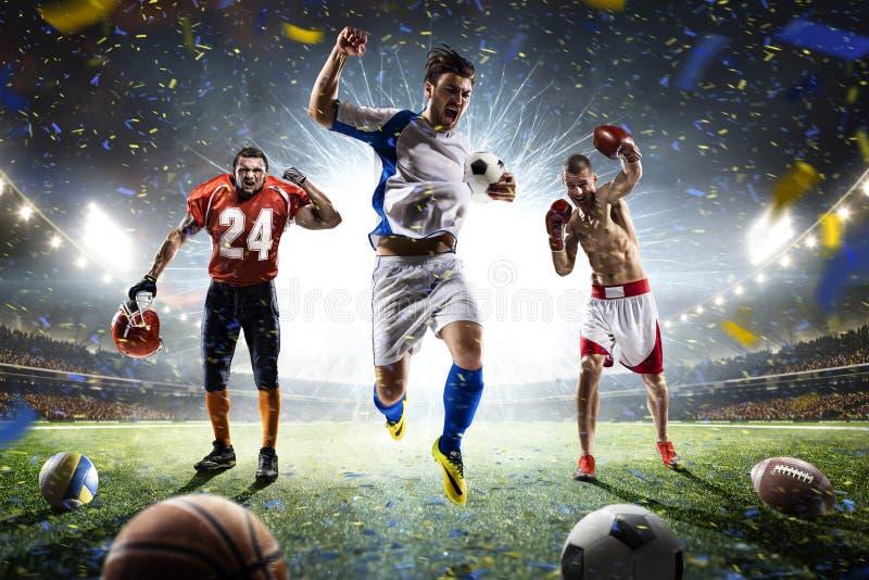 Wielo- sportów graczów szczęśliwy kolaż na uroczystej arenie fotografia stock