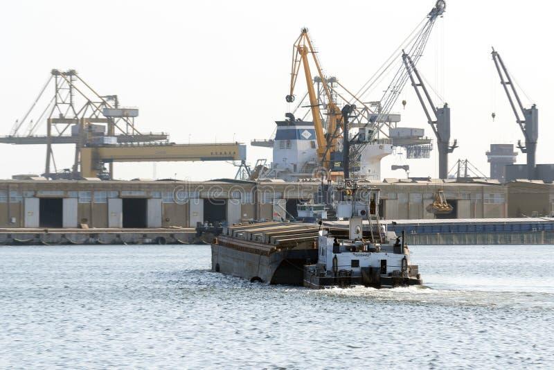 Wielocelowa fregata Marasesti - Rumuńskie Morskie siły zdjęcia stock