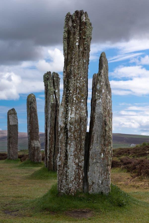 Wieloskładnikowi menhirs przy pierścionkiem Brodgar Neolityczny Kamienny okrąg zdjęcia royalty free