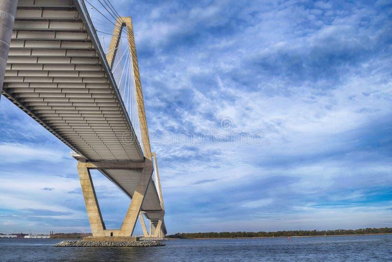 Wielostrzałowy most fotografia stock