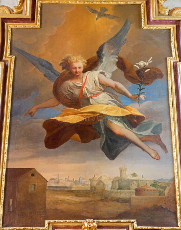 Wien - ärkeängelGabriel målarfärg från sidoaltaret i barock jesuitkyrka arkivbild