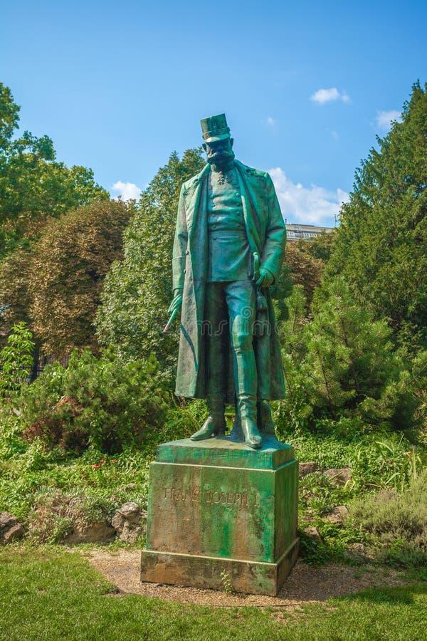 Wien Österrike - 19 08 2018: Staty av kejsaren Francis Joseph I arkivbild