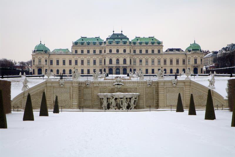 Wien - Belvederepalast im Winter lizenzfreie stockbilder