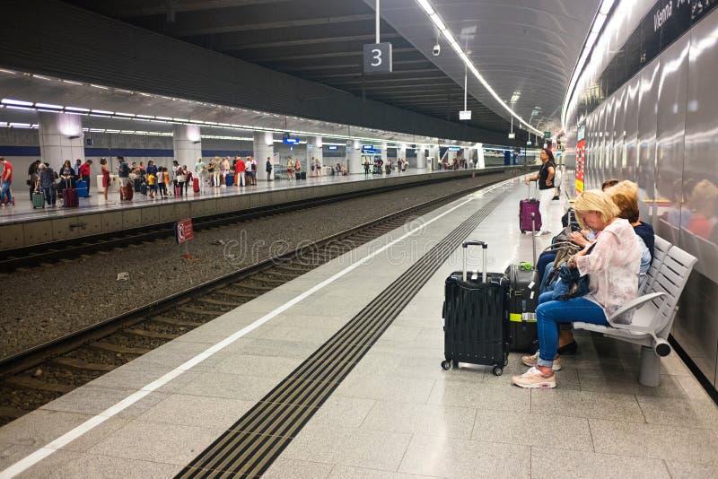 Wien-Flughafen-Station lizenzfreies stockfoto