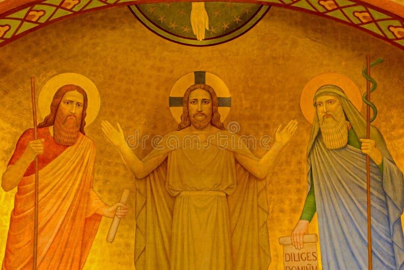 Wien - Fresko von Jesus mit dem Mosese und dem Eliah stockfotografie