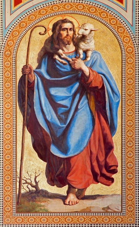 Wien - freskomålning av Jesus Christ som bra herde av Karl von Blaas från. cent 19. i skepp av den Altlerchenfelder kyrkan royaltyfri foto
