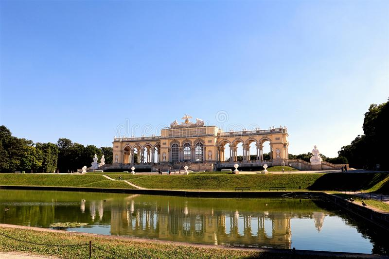 Wien slottträdgård royaltyfria foton