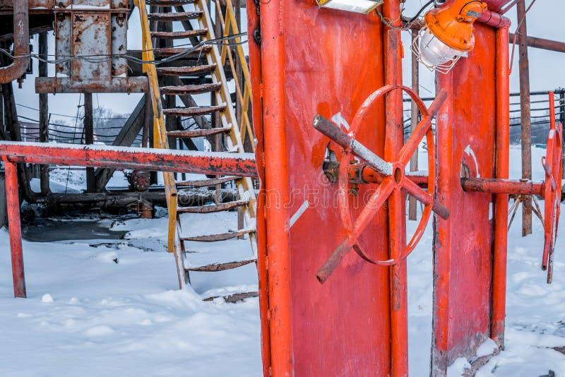 Wiertniczy takielunek przygotowywa instalować wydmuszyska Preventor stertę zdjęcie stock