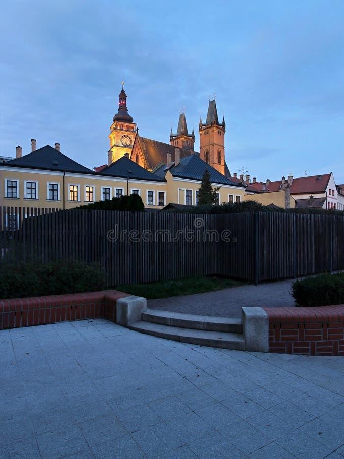 Wierza i kościół w Hrade cKralove zdjęcie stock