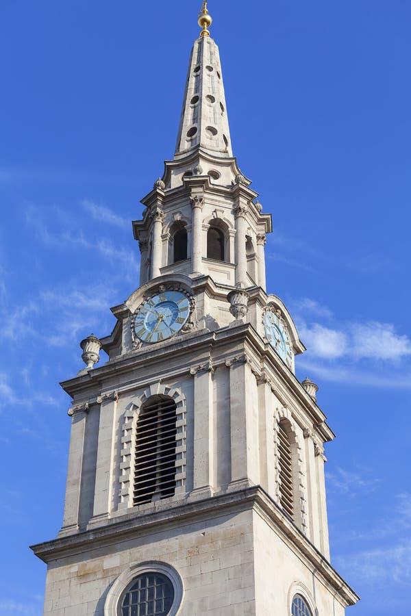 Wierza neoklasyczny budynek St Martin w pole kościół, Trafalgar kwadrat, Londyn, Zjednoczone Królestwo zdjęcie stock