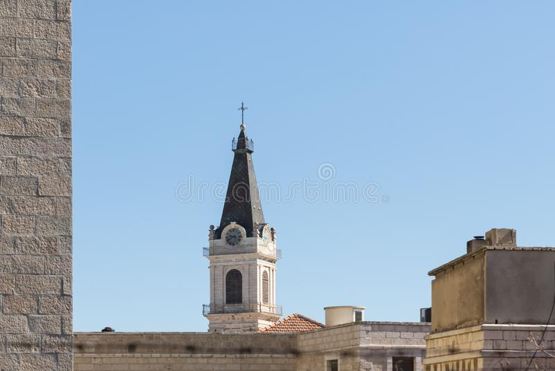 Wierza St wybawicieli klasztor z zegarem nad starym miastem Jerozolima, Izrael fotografia stock