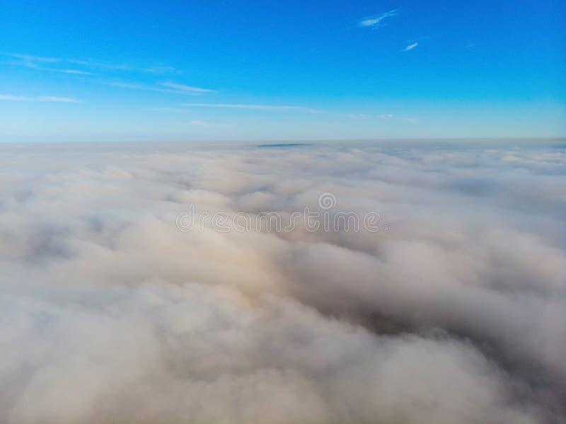 wierzch chmury z rankiem zdjęcie stock
