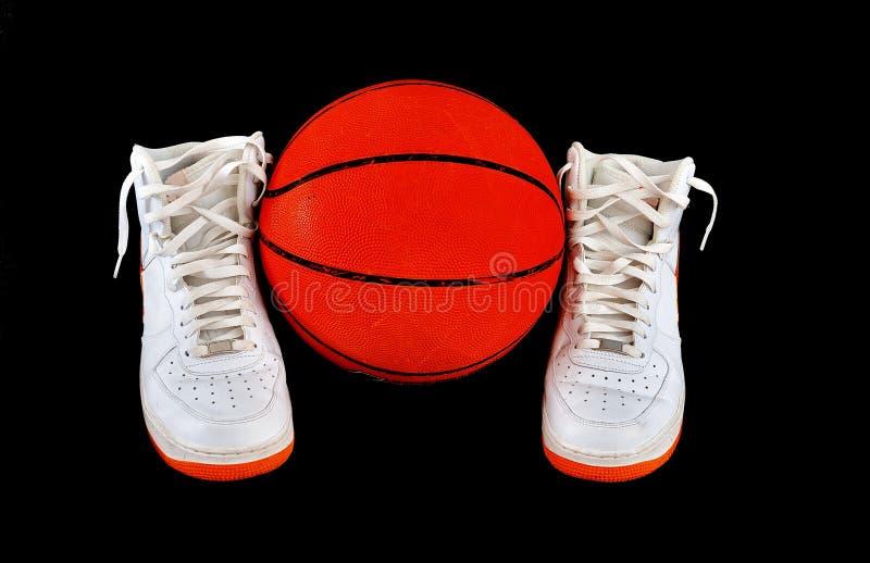 Wierzchołek koszykówki butów klasyczni sneakers zdjęcie royalty free