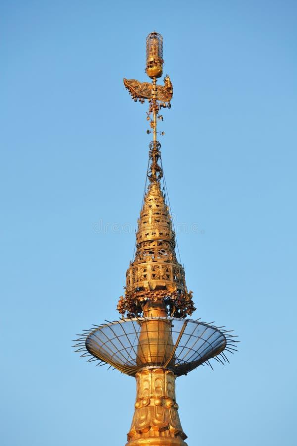 Wierzchołek Złota Rockowa pagoda, Myanmar (Kyaiktiyo) fotografia royalty free